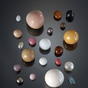 10._A_selection_of_natural_pearls_from_the_Qatar_Museums_Authority_collection__Creutz_jpg_180x180_crop_q85